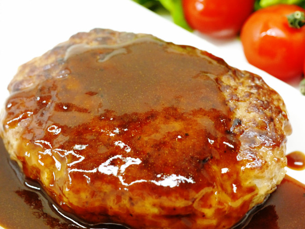 本当に美味しそうなハンバーグの写真