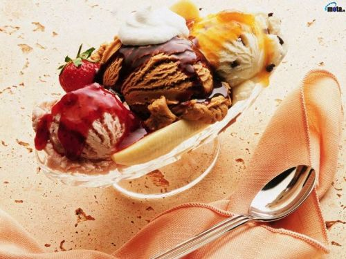 美味しそうで思わず食べたくなるアイスクリームの写真