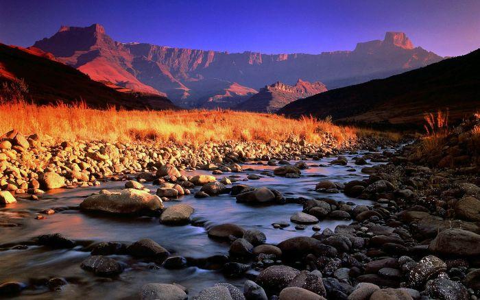 神秘を感じる美しい自然の写真