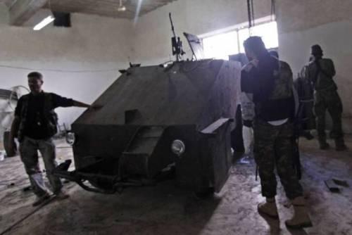 シリアの反政府勢力が80万円で戦車作った