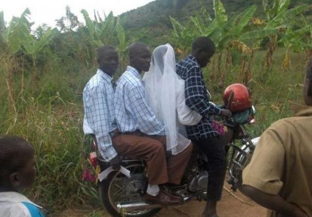 アフリカの日常が面白すぎる写真